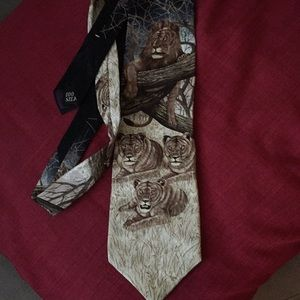 Marc Dennis Accessories - King of Beasts all silk  tie the EUC